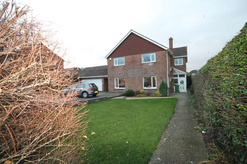 4 Bedrooms Detached House for rent in Roman Road, Basingstoke
