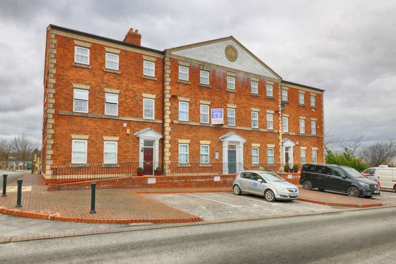2 Bedrooms Flat for sale in Lower Mersey Street, Ellesmere Port, CH65