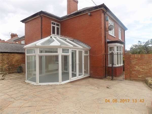 4 Bedrooms Detached House for sale in Marshall Avenue, Grimsby, Lincolnshire