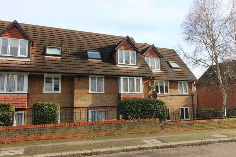 1 Bedroom Flat for sale in Botany Close, New Barnet