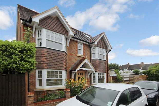 3 Bedrooms House for rent in Willoughby Road, Harpenden