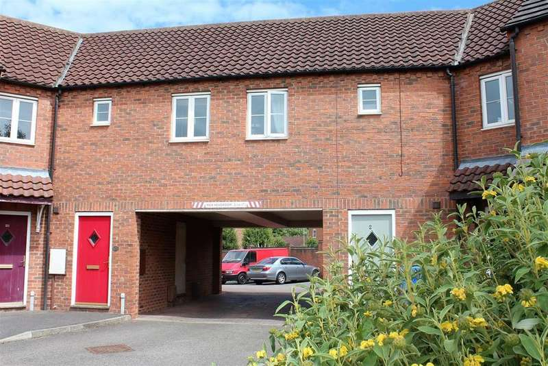 2 Bedrooms Flat for sale in The Square, Kirton, Boston, PE20