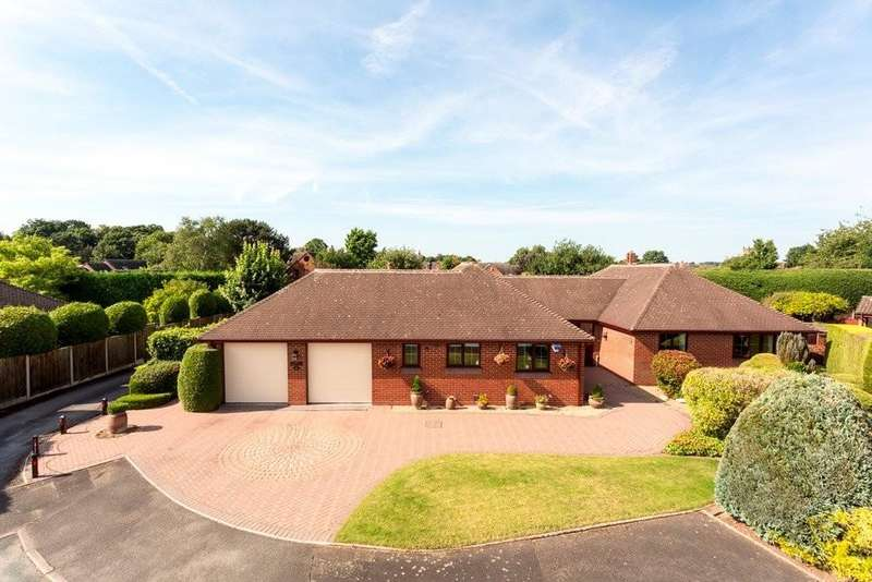 4 Bedrooms Detached Bungalow for sale in Bradbury Lane, Kings Bromley