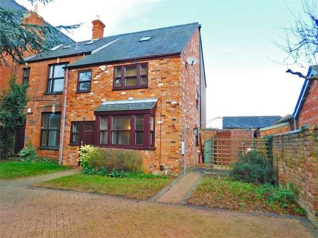 3 Bedrooms End Of Terrace House for sale in Abbey Park Road, Grimsby, Lincolnshire