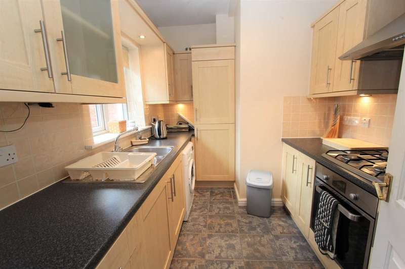 2 Bedrooms Apartment Flat for rent in Watermans Way, Greenhithe