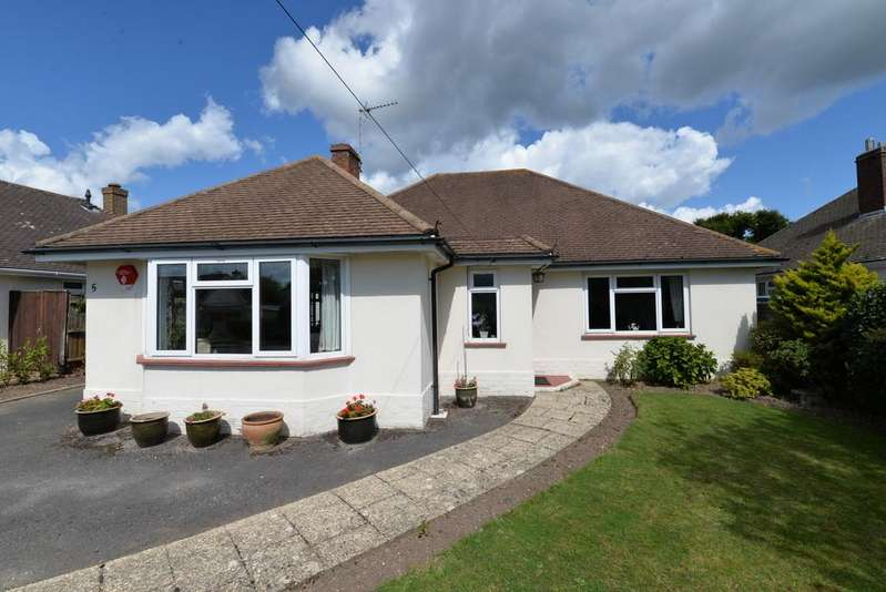3 Bedrooms Detached Bungalow for sale in Greenacre, Barton on Sea