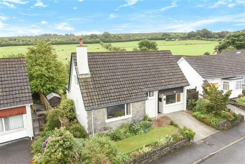 3 Bedrooms Detached House for sale in Manor Park, Dousland, Devon