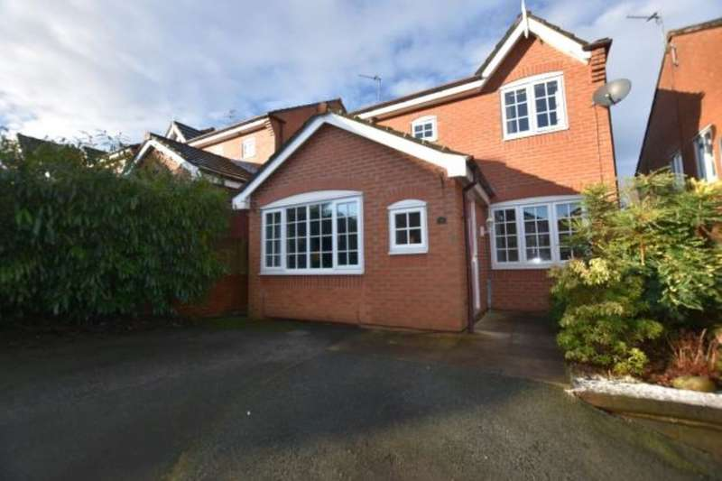 3 Bedrooms Detached House for sale in Bailey Close, Blackburn, BB2