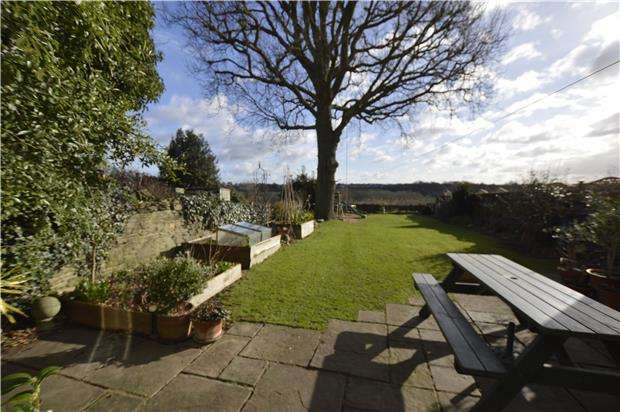 4 Bedrooms Cottage House for sale in Manor Lane, Winterbourne, BRISTOL, BS36 1QJ