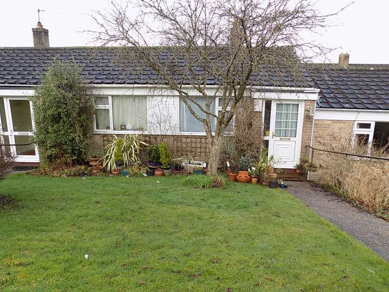 2 Bedrooms Terraced House for sale in Fairway Rise, Chard