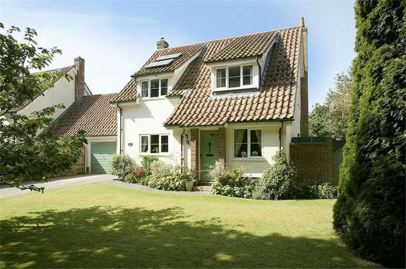 4 Bedrooms Link Detached House for sale in Green Lane, Quidenham