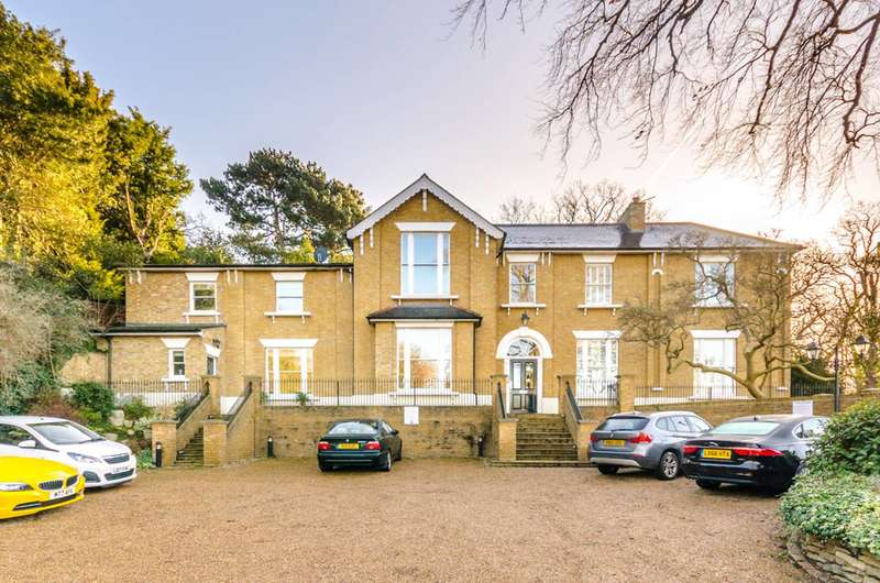 2 Bedrooms Flat for sale in Beckenham Lane, Shortlands, BR2