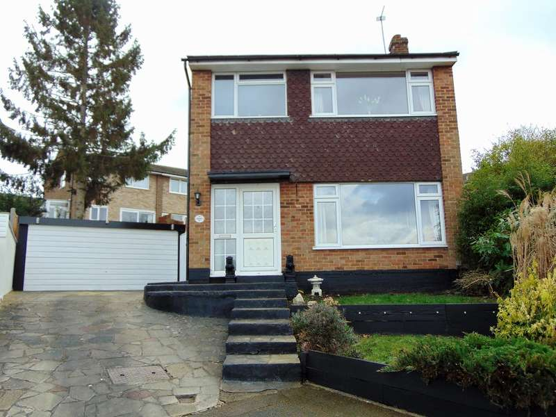 3 Bedrooms Detached House for sale in Lichfield Way, South Croydon, CR2 8SD