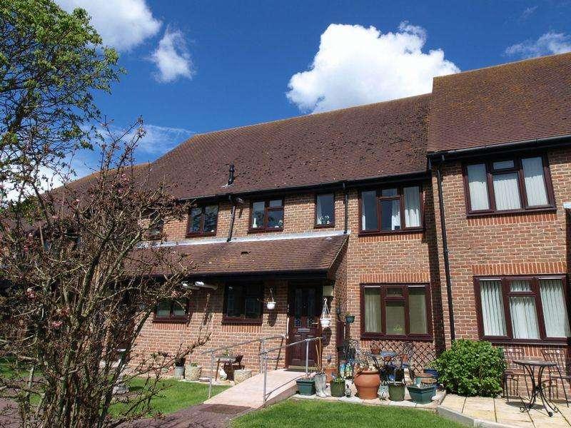 2 Bedrooms Retirement Property for sale in Felpham, West Sussex