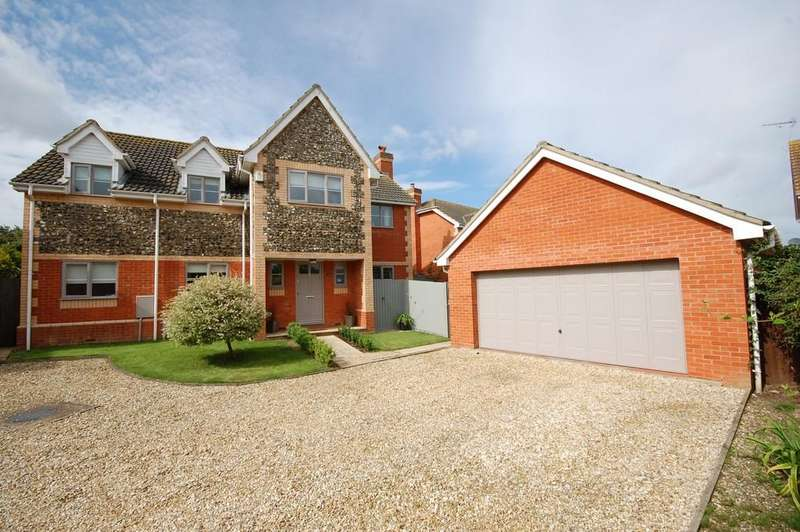 5 Bedrooms Detached House for sale in Wellington Road, Briston