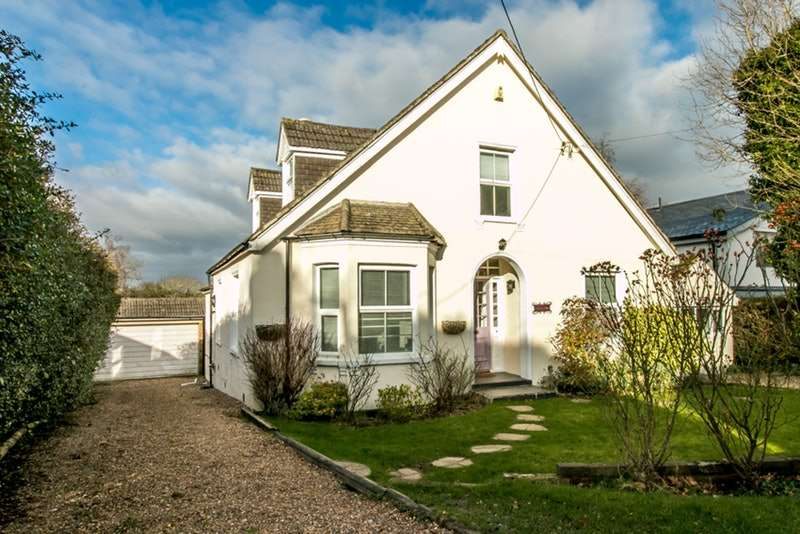 4 Bedrooms Detached House for sale in Paynesfield Road, Westerham, Surrey, TN16