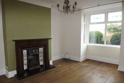 4 Bedrooms Semi Detached House for rent in North Road, East Boldon