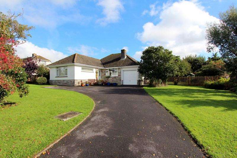 3 Bedrooms Detached Bungalow for sale in Child Okeford, Dorset