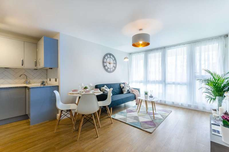 4 Bedrooms Flat for sale in Willsbridge Court, Peckham, SE15