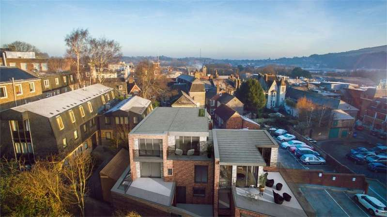 3 Bedrooms Semi Detached House for sale in Lewes Vaults, Lewes, East Sussex