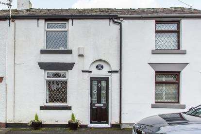2 Bedrooms Terraced House for sale in Tempest Road, Lostock, Bolton, Greater Manchester, BL6