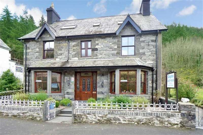 7 Bedrooms Guest House Commercial for sale in Holyhead Road, Betws Y Coed, Conwy