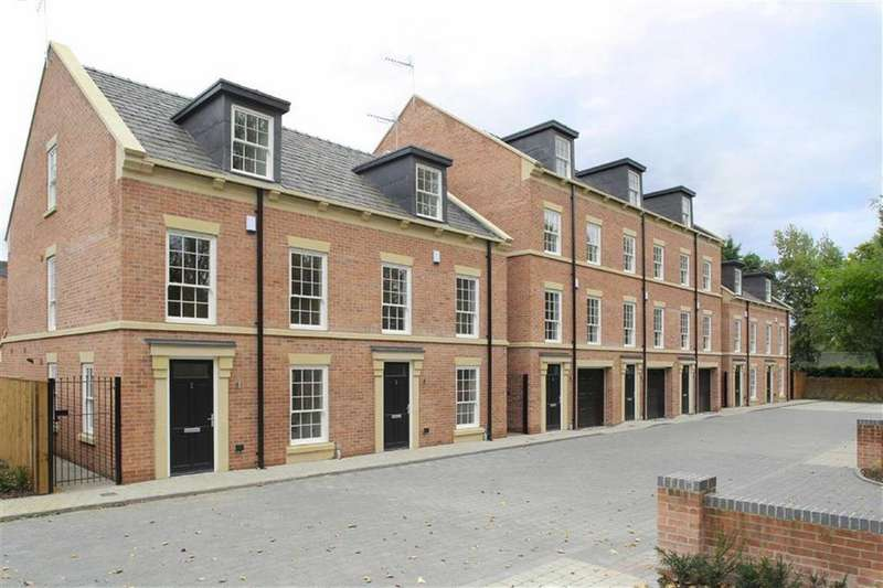 4 Bedrooms Town House for sale in Waterlode, Nantwich, Cheshire