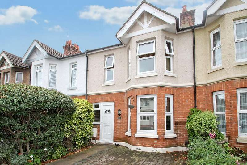 3 Bedrooms Terraced House for sale in Leigh Road, Worthing, BN14 9HG
