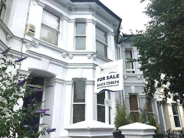 4 Bedrooms Terraced House for sale in Upper Hamilton Road, Brighton, East Sussex BN1 5DF