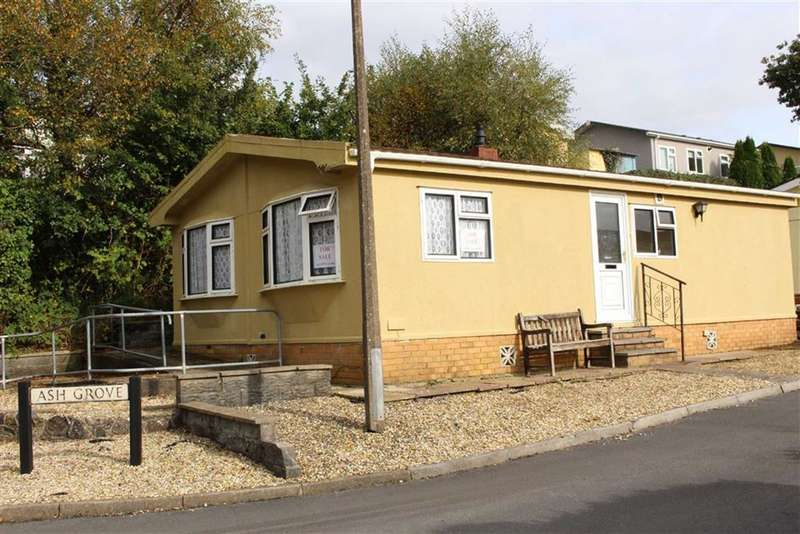 2 Bedrooms Park Home Mobile Home for sale in Ash Grove, Woodland Park, Waunarlwydd