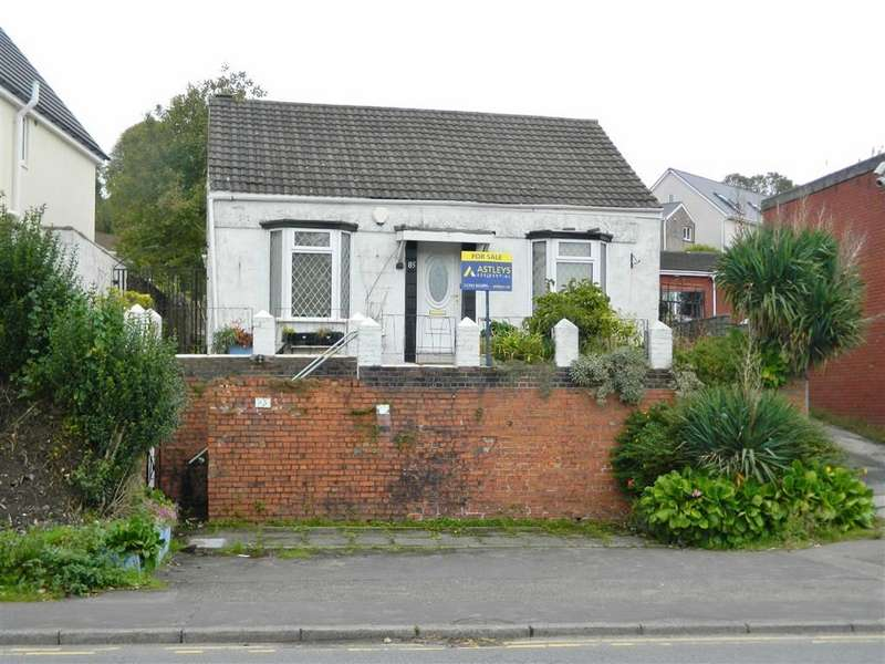 2 Bedrooms Detached Bungalow for sale in Cwm Level Road, Plasmarl