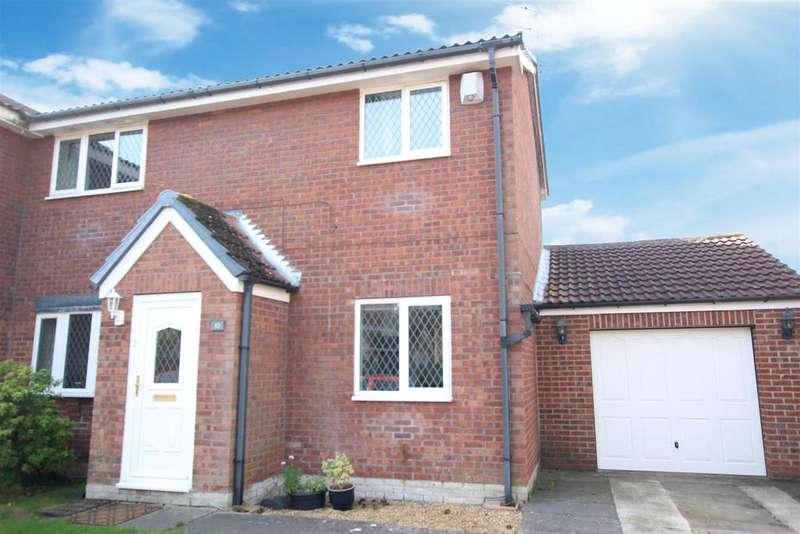 3 Bedrooms Semi Detached House for sale in Osborne Close, Darlington