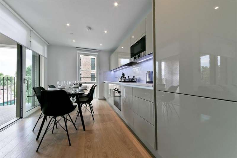 2 Bedrooms Flat for rent in ELEPHANT PARK, ELEPHANT CASTLE SE17