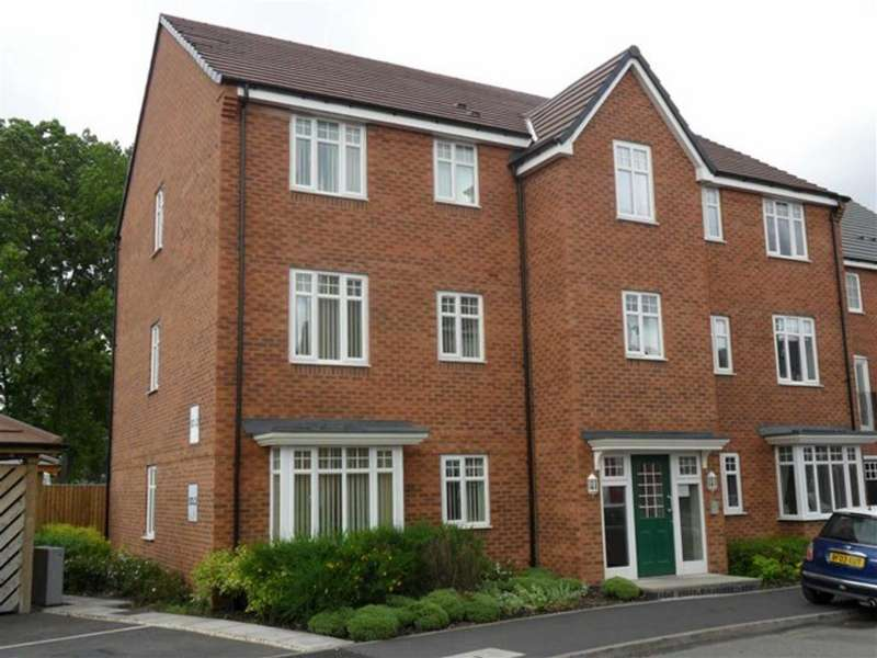 2 Bedrooms Flat for sale in Water Reed Grove, Walsall
