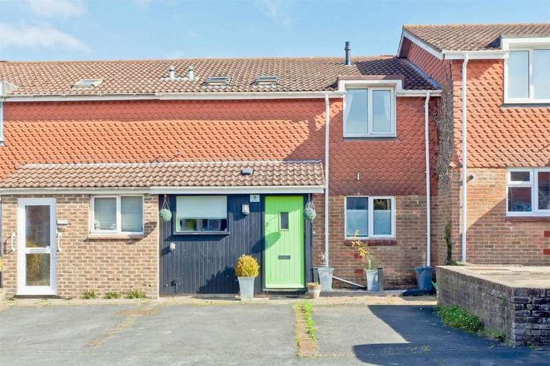 3 Bedrooms Terraced House for sale in Boughey Place, Lewes, East Sussex