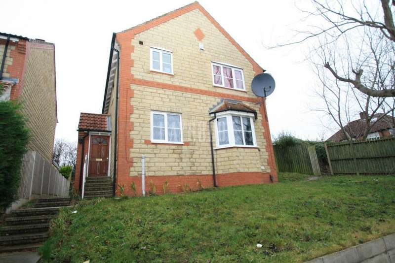 4 Bedrooms Detached House for sale in High View