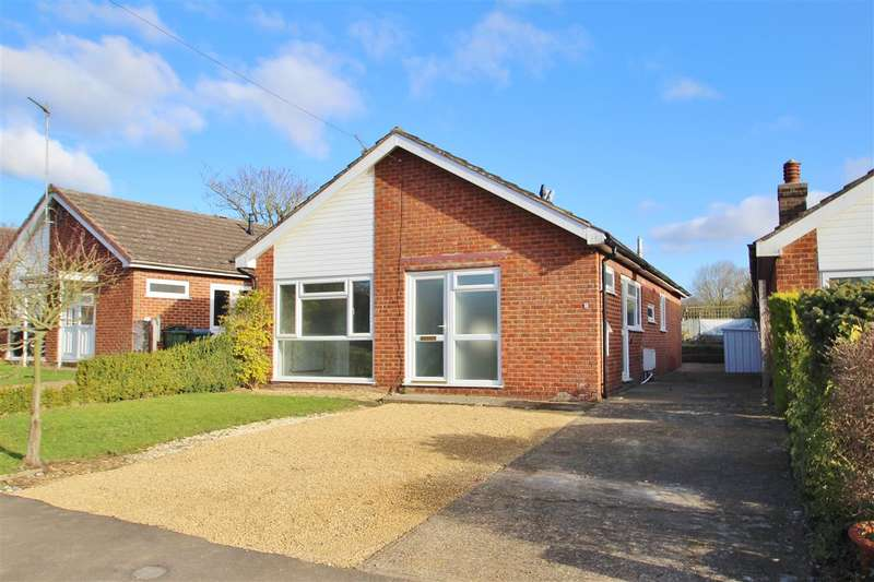 3 Bedrooms Bungalow for sale in Radclive Road, Gawcott