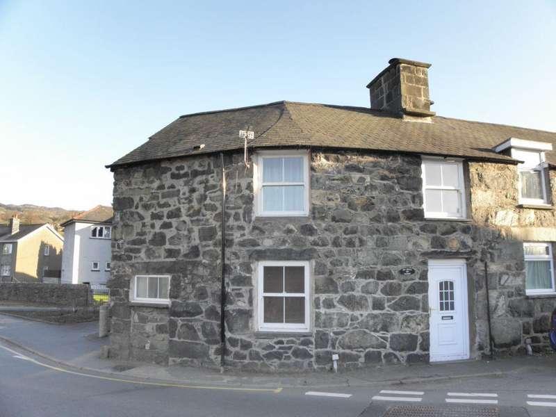 2 Bedrooms End Of Terrace House for sale in Arran Road, Dolgellau, LL40