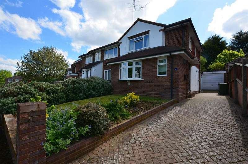 3 Bedrooms Semi Detached House for sale in Dell Road, Tilehurst, Reading