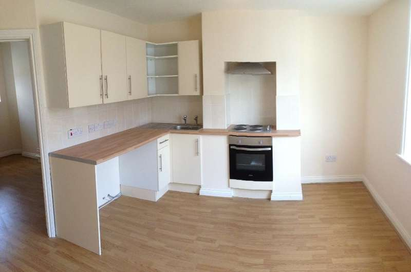 1 Bedroom Apartment Flat for rent in High Street, Camberley, Surrey, GU15 3RB
