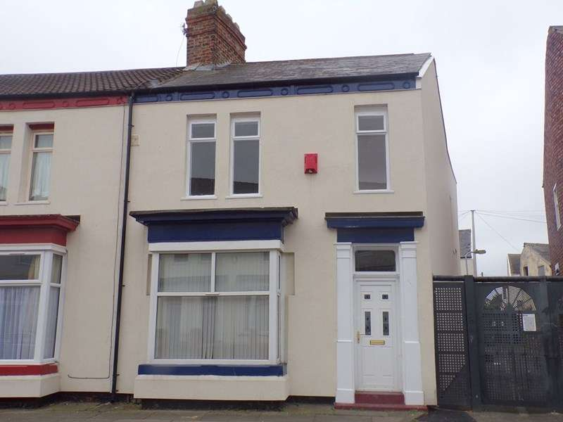 3 Bedrooms Property for sale in Cranbourne Terrace, Stockton, Stockton-on-Tees, Cleveland, TS18 3PX