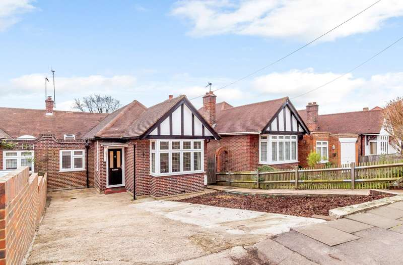 3 Bedrooms Semi Detached Bungalow for sale in Surbiton