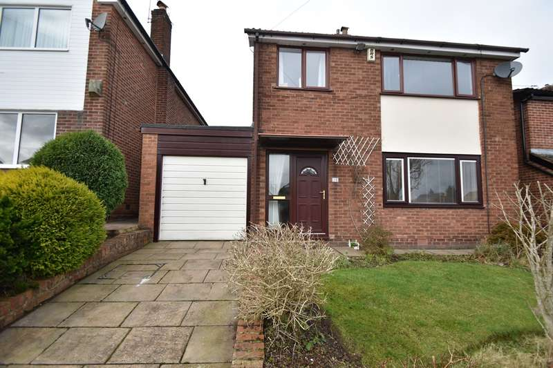 3 Bedrooms Detached House for sale in Burndale Drive, Sunny Bank, Bury, BL9