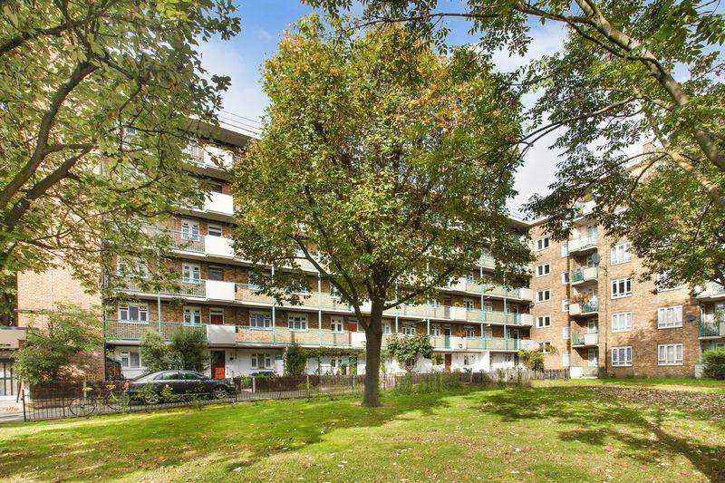 3 Bedrooms Apartment Flat for sale in Old Ford Road, London