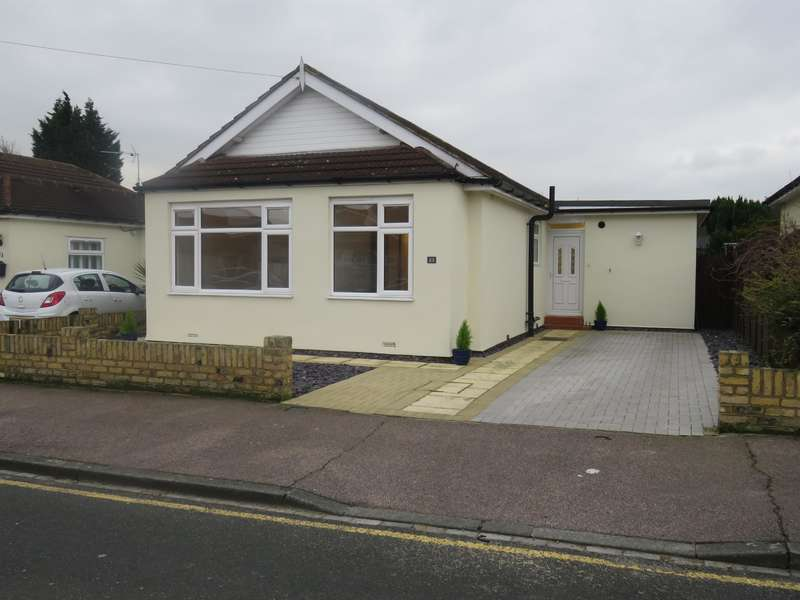 4 Bedrooms Bungalow for sale in St Johns Road, Welling, Kent, DA16 2AF