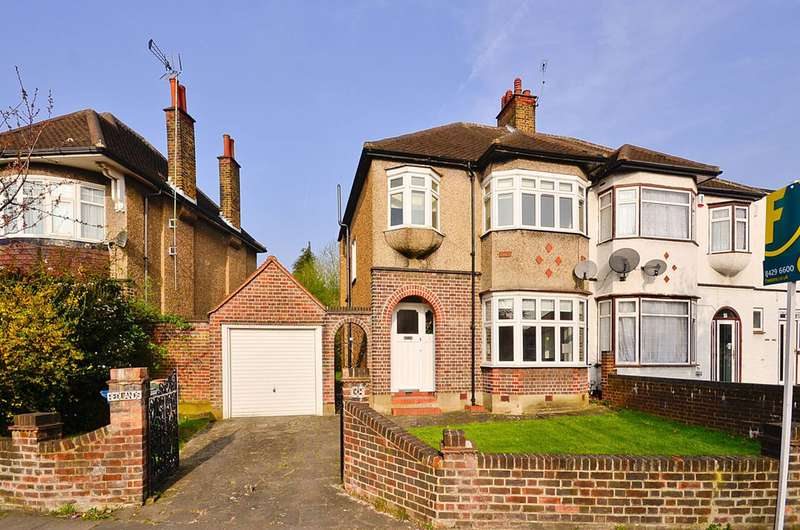3 Bedrooms Semi Detached House for sale in Imperial Drive, North Harrow, HA2