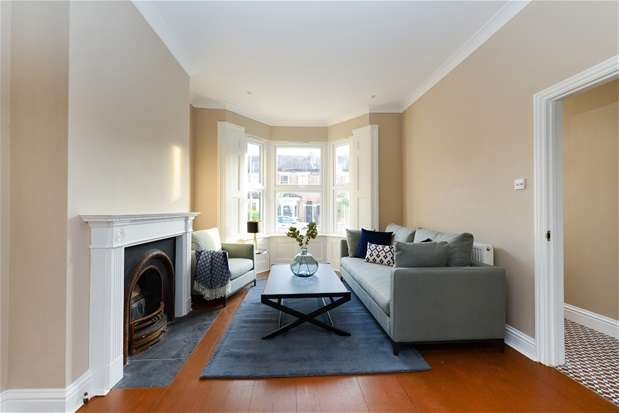 4 Bedrooms House for rent in Montrave Road, Penge