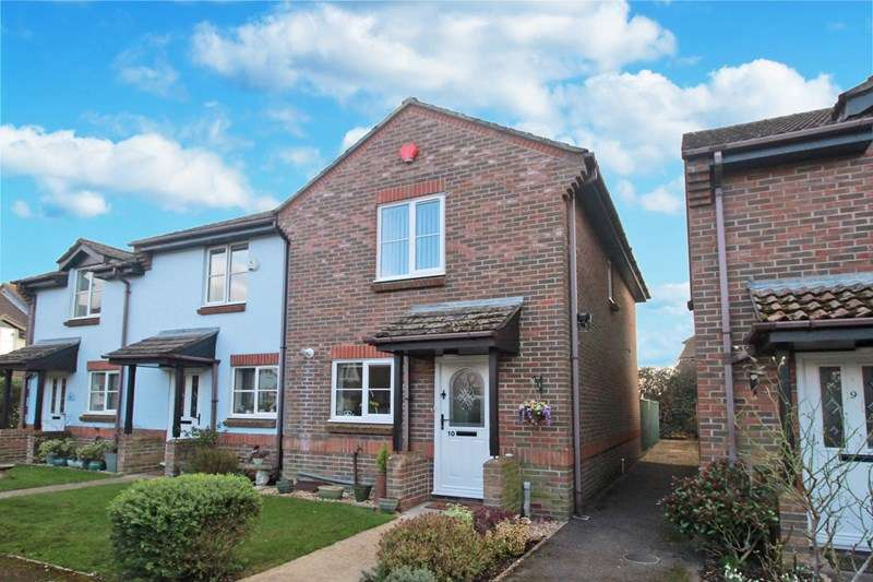 2 Bedrooms End Of Terrace House for sale in Purewell Close, Christchurch