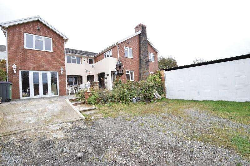 4 Bedrooms Detached House for sale in Stanley Road, Garndiffaith
