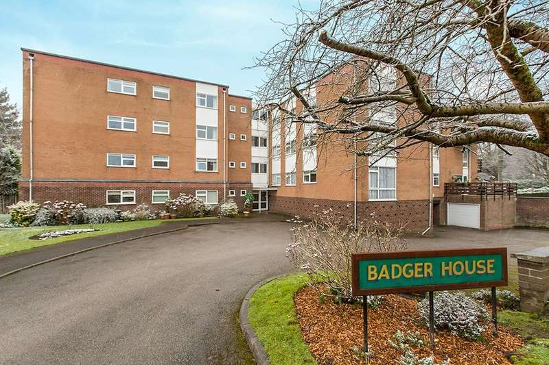 2 Bedrooms Flat for sale in Badger Road, Tytherington, Macclesfield, SK10